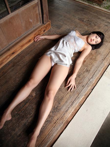 裸足女神.jpg