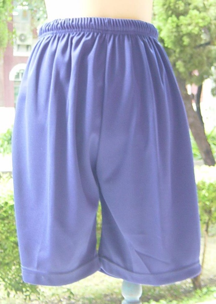 南女短褲 (正面).JPG