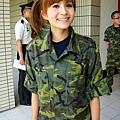 吳怡霈軍服1.jpg