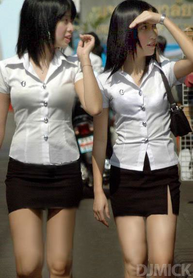 sexy-thai-coed-uniform-53.jpg