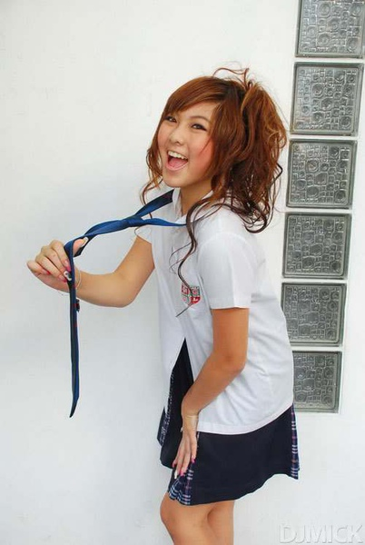 sexy-thai-coed-uniform-84.jpg