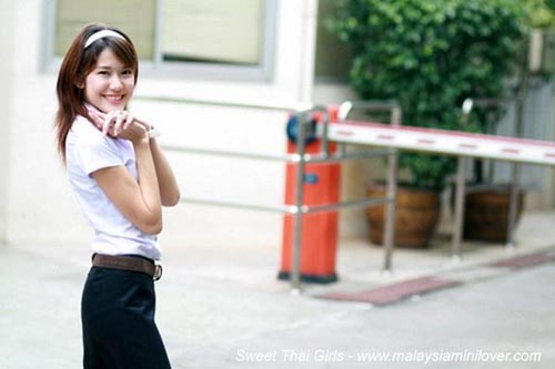 thai-girls1.jpg