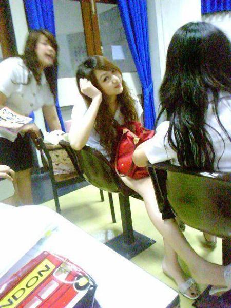university_student_007.jpg