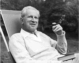 260px-Herbert_Marcuse_in_Newton,_Massachusetts_1955.jpeg.jpg