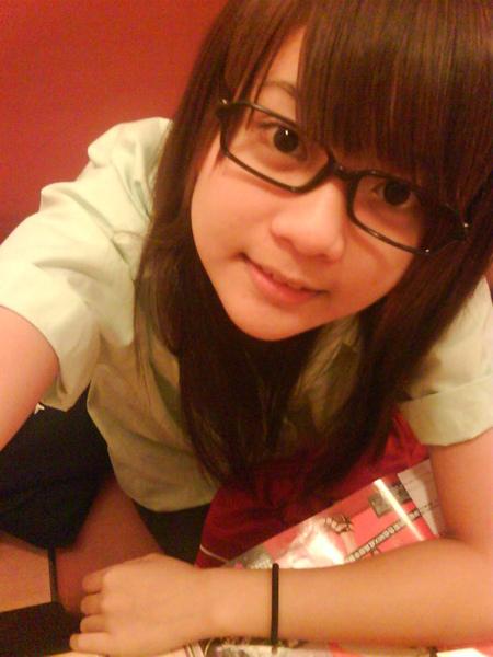 松山高中的小熊戴眼鏡.jpg
