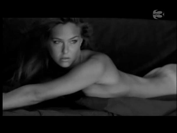 bar-refaeli-nude-video-03.jpg
