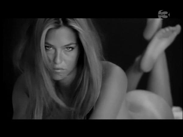 bar-refaeli-nude-video-10.jpg