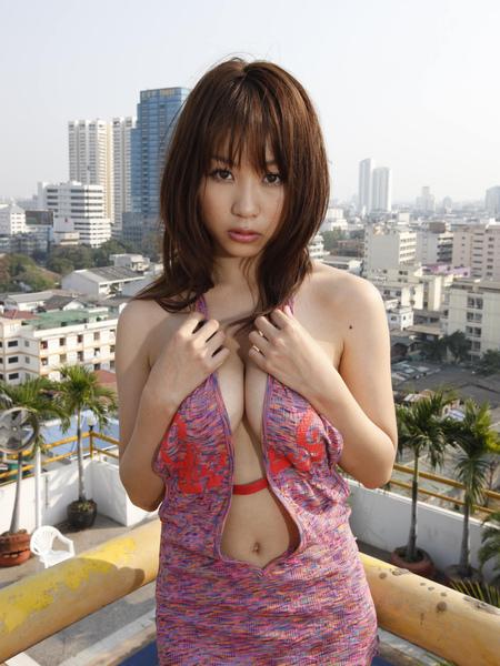 西田麻衣006.jpg