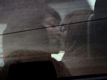 混血正妹 Suzanne 車內激吻齊藤和巳.jpg