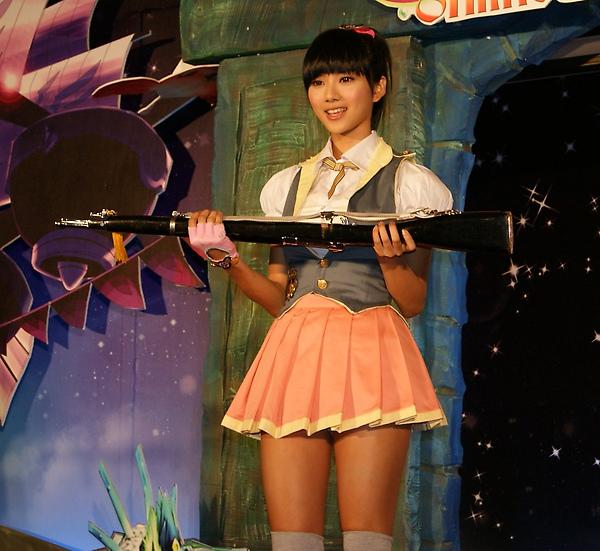 豆花妹操槍17.JPG