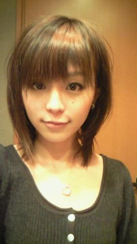 短髮的平野綾