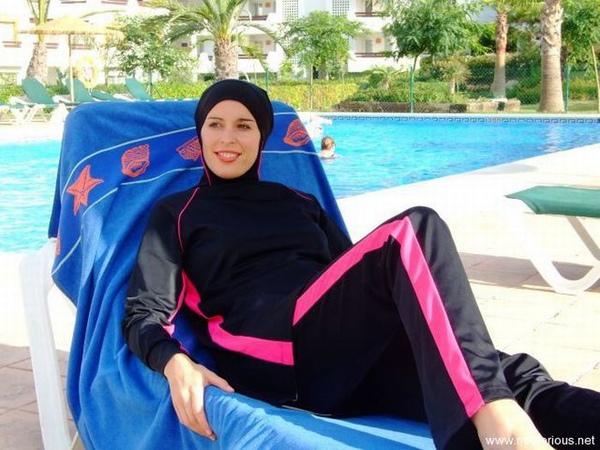伊斯蘭教穆斯林泳裝17.jpg