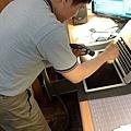 "Apple Macbook pro15""AG霧面版貼頂級AR鍍膜(螢幕保護貼)09.jpg"