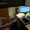 "Apple Macbook pro15""AG霧面版貼頂級AR鍍膜(螢幕保護貼)13.jpg"