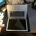 "Apple Macbook pro15""AG霧面版貼頂級AR鍍膜(螢幕保護貼)70.jpg"