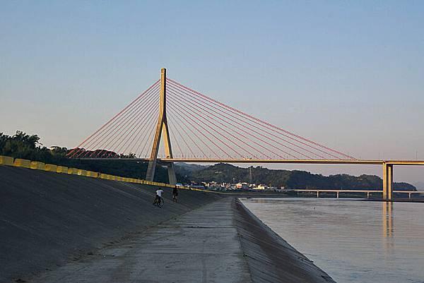 大樹斜張橋-02