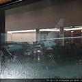 外面在下雨...QQ