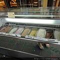 早餐店有賣冰淇淋很妙