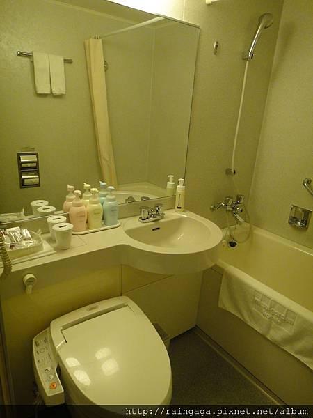 浴室不算小