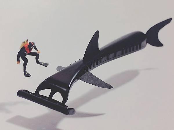 刮鬍刀鯊魚