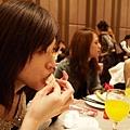 2011.0226 Gemma基隆長榮桂冠喝喜酒094.JPG