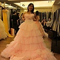 可愛的粉色送客服正面