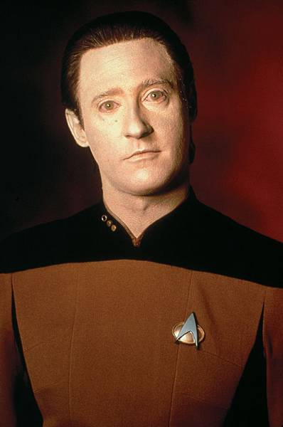 Lt-Commander-Data-star-trek-the-next-generation-9406565-1694-2560