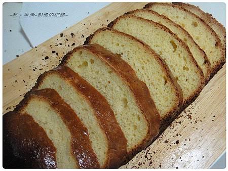 111226-英式香草蛋糕麵包-03.jpg