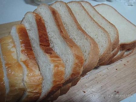 120102-和風香草牛奶麵包.jpg