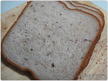 120201-和風紅豆牛奶麵包-02.jpg