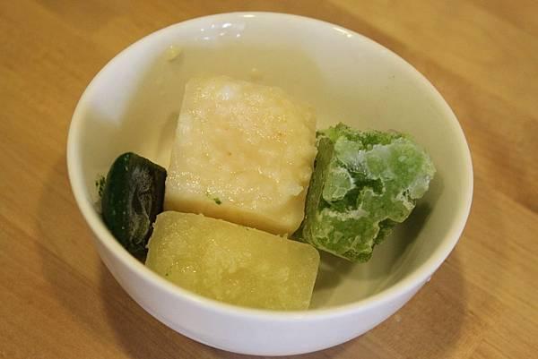 蔬果粥.洋蔥.綠花椰.地瓜葉.JPG