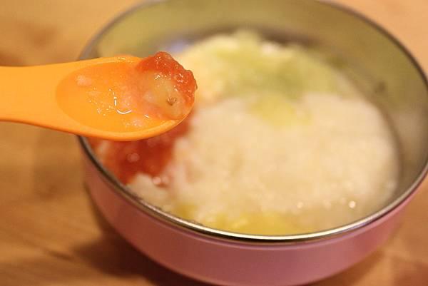 蔬果五倍粥.地瓜15ml.牛番茄.花椰.鯛魚.共155ml(4)