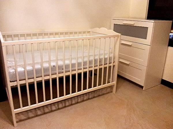 1021102-34w1d嬰兒床&衣櫃完成(1).jpg