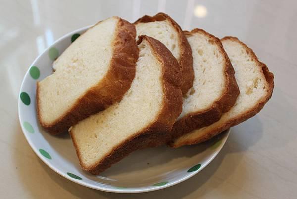 1040218米飯麵包(3).JPG