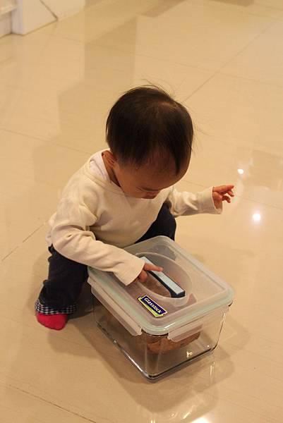 1040226樂扣盒(2).JPG