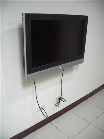 讓小虎羨慕死的液晶電視XD