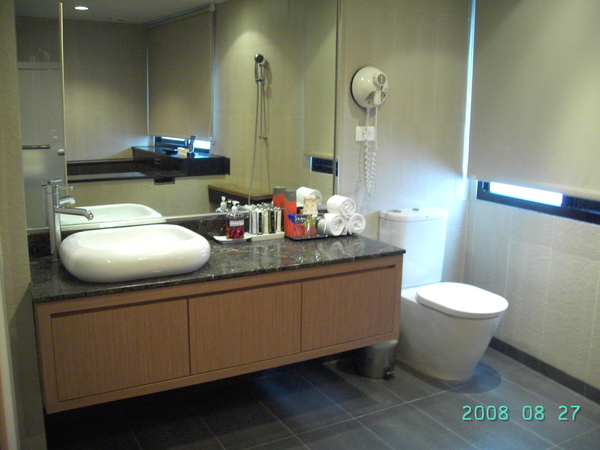 很大的浴室