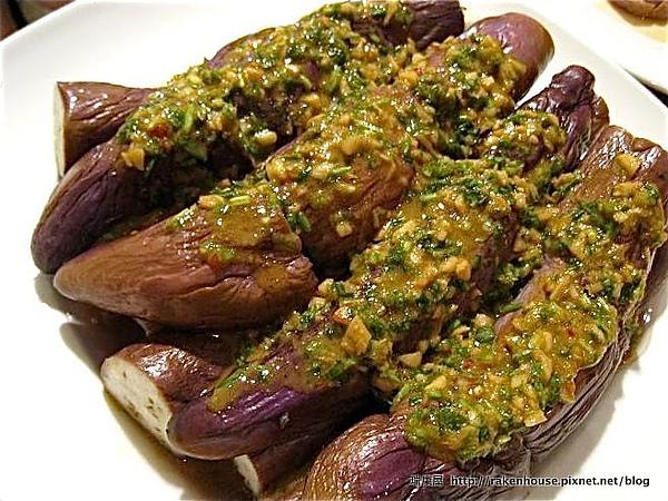芝麻醬香茄子,可以自己使用不含人工添加物的天然醬料調配出來的醬最健康了.jpg