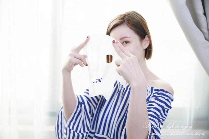 Kracie肌美精3D立體面膜 (5).JPG