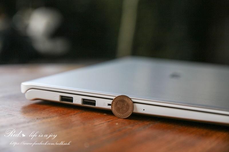 ASUS VivoBook S15筆電 (8).JPG