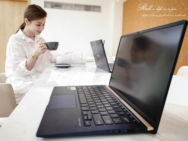 ASUS ZenBook14 (2).jpg