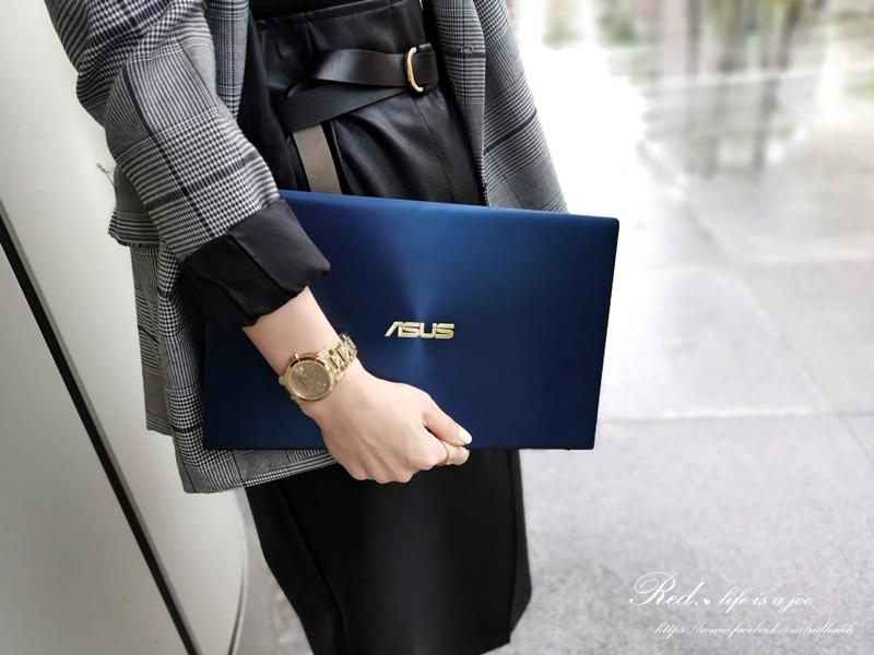 ASUS ZenBook14 (4).jpg