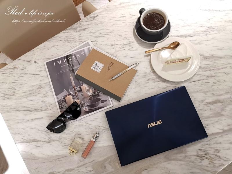 ASUS ZenBook14 (3).jpg