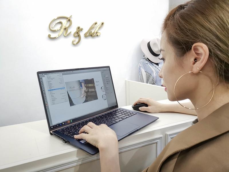ASUS ZenBook14 (24).jpg