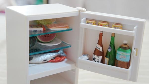 冰箱內部(食物為另外搭配)
