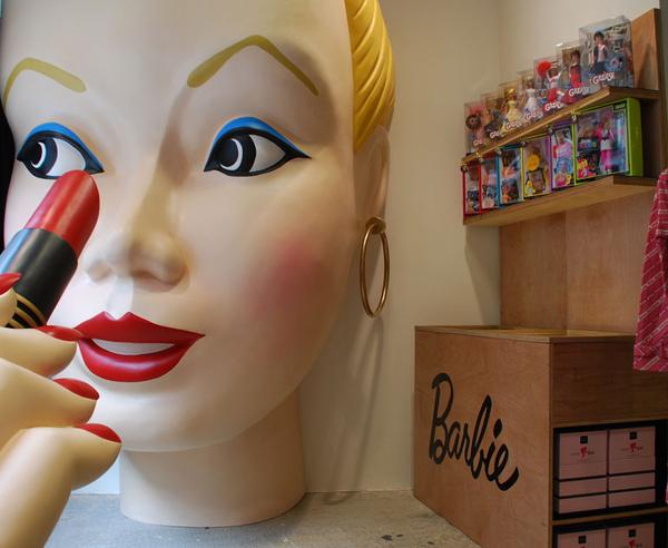 cOMME des GARÇONS &Barbie doll