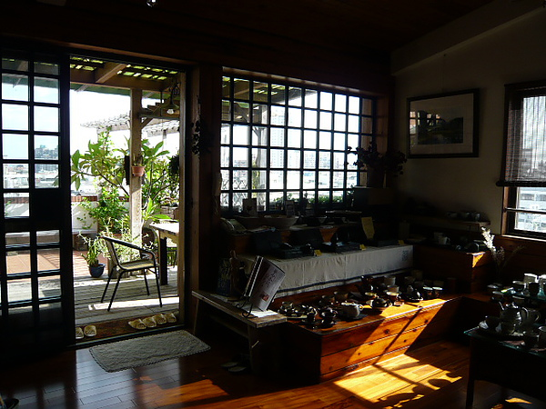六格屋生活工作室:光影與靜