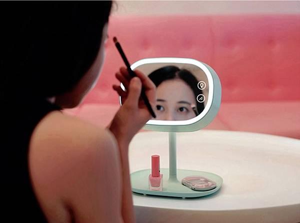 MUID LED 化妝鏡檯燈_1.jpg