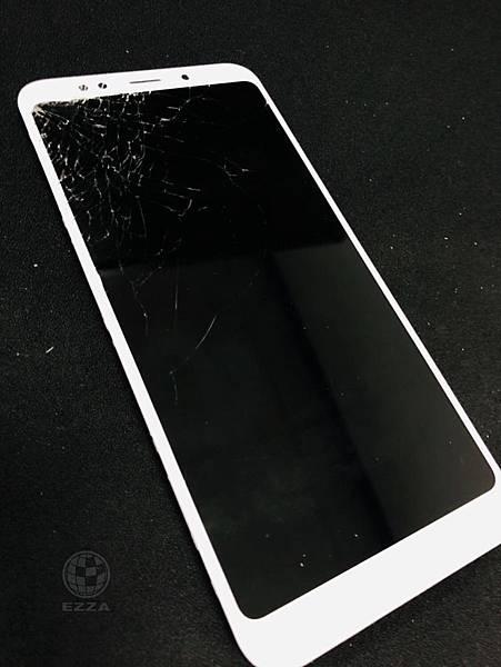 紅米5plus 面板破裂.jpg