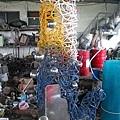 古勒勒於2004年在半島藝術季的作品《心靈燈塔》(圖為半成品).JPG